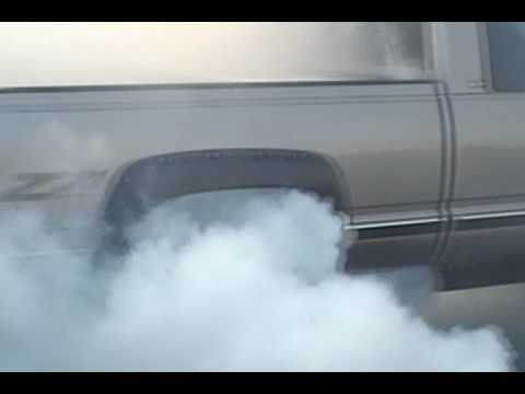 Lifted Chevy Silverado Z71 doing a nasty burnout Video