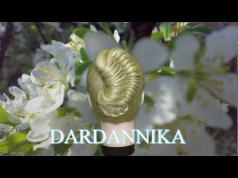 Стильная прическа на длинных волосах.Stylnaya prycheska dlynnыh to Volos