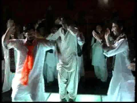 Boro Boro - Balochi Dance - on Umairs Mehndi