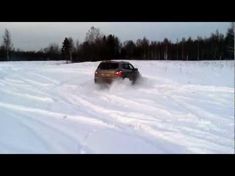 Тест драйв Nissan Qashqai +2 4WD 2.0 2011
