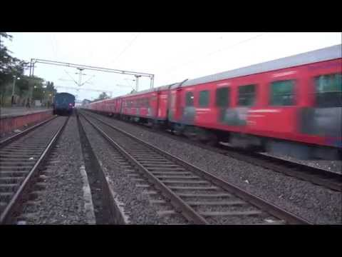 Ahmedabad Shatabdi Express With Vodafone Zoozoo Ad Lhb Coaches But Strangely Only On One Side video