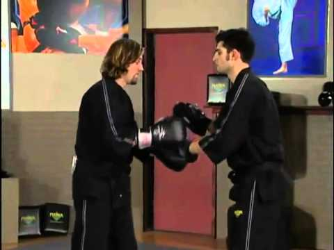 Kickboxing | Intermediate | Knee Strikes And Knee Strikes From Clinch Image 1