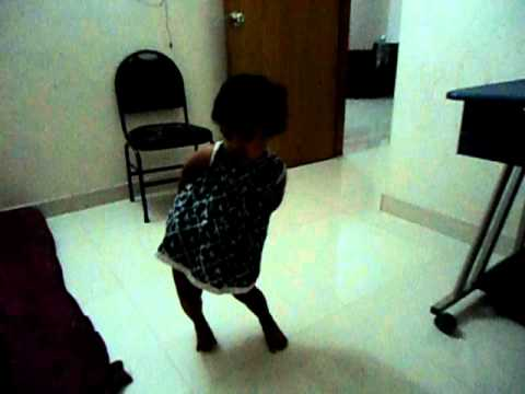 Riyanna Dancing Chammachalo video