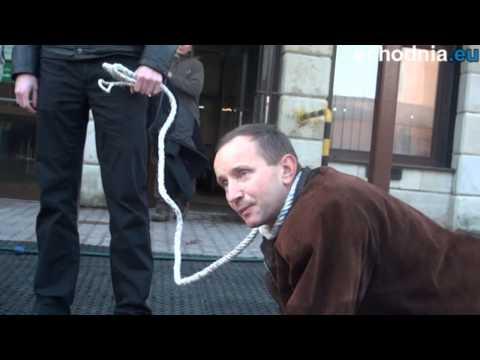 TV jaja - Konferencja Kongresu Nowej Prawicy przed Zakładem Ubezpieczeń Społecznych w Kielcach