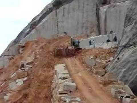 Loading Granite Blocks Granite Quarry Block Moving