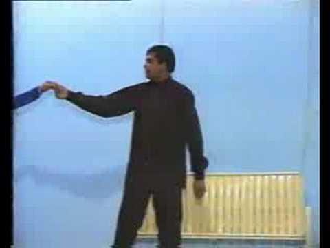 Bant Raha Tha Jab Khuda - Waheed Murad video