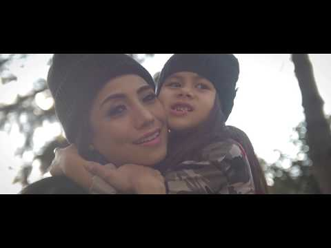Download Atouna El Toufoule Cover with added Turkish Version by Siti KDİ and daughter Elif Perk Mp4 baru