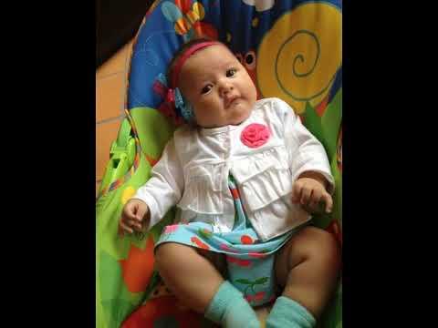Cintillos para bebe (bebe modelando hermosos cintillos)