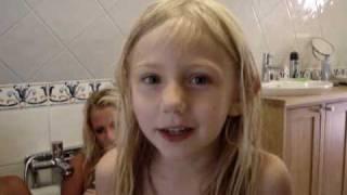 Watch Carola Tommy Tycker Om Mej video
