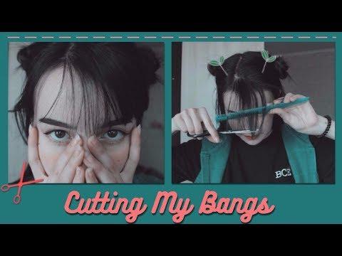 cutting my bangs|bangs style|fake bangs?🍑