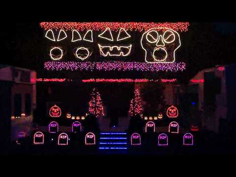 Halloween Light Show 2011 - Monster Mash
