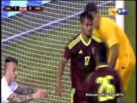 Gol de Josef Martínez en el encuentro Venezuela - Galicia