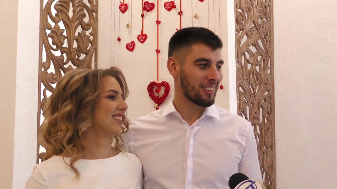На День святого Валентина в Калуші зареєстрували шлюб 13 пар