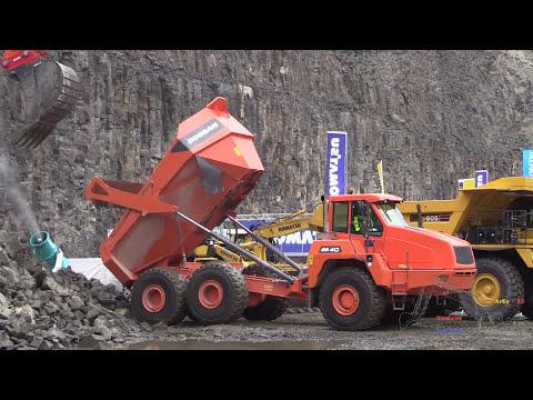Doosan DX490LC-3 Excavator Loading Doosan DA40 Dumper @ Steinexpo 2014