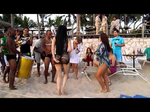 El Baile Mas Sexy Del Mundial Brasil 2014 video
