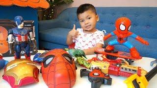 TRÒ CHƠI MÁY BAY BUỘC DÂY x BÉ BẮP CHƠI NGƯỜI NHỆN TRƯỢT VÁN ĐỒ CHƠI TRẺ EM – Toys for kids