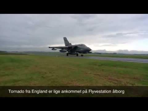 Tornado Fra England Ankommet Til Flyvestation Aalborg