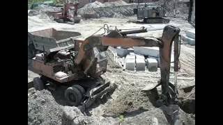 EO-3323 - old russian excavator