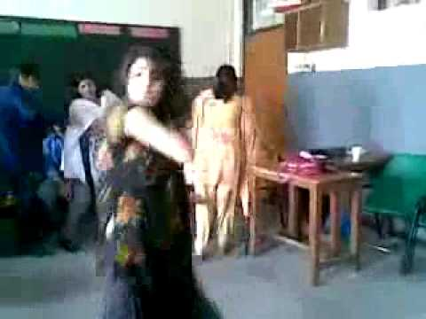 Lahore Universty Girl Dance In Class Room video