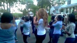 Beyonce Video - Beyonce At Jay Z Momma's House Block Party In Orange N J  Dancing In The Street! Video Bossip com