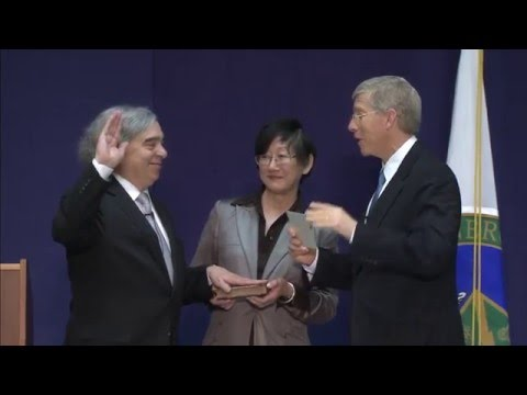 Dr. Ernest Moniz Sworn In as Secretary of Energy
