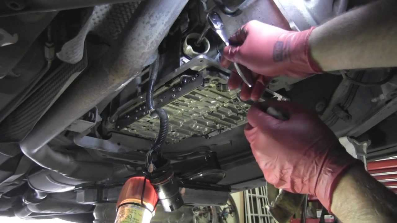 Transmission Fluid Leak >> Mercedes transmission 722.6 electronic connector leak - YouTube