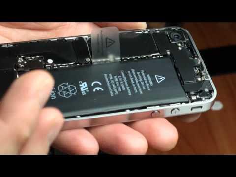 Apple iPhone 4 Disassemblaggio Sostituzione Installazione Cambio da cover nera a bianca Parte 1