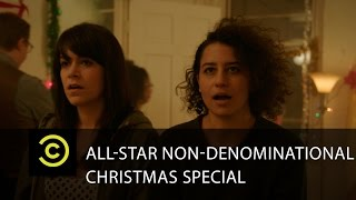 Holiday Party Tips with Abbi & Ilana From Broad City