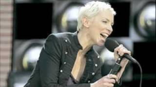Watch Annie Lennox Honestly video
