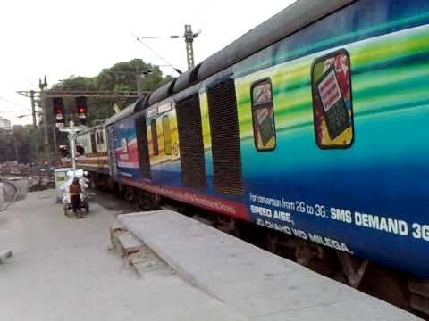 IRFCA - 2314 SEALDAH RAJDHANI EXPRESS (The New Look)