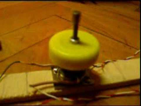 Halbach array motor with a magnetic switch youtube for Halbach array motor generator