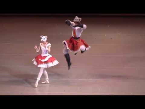 кот в сапогах и белая кошечка танец видео