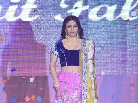 Meet Hot Bride Soha Ali Khan