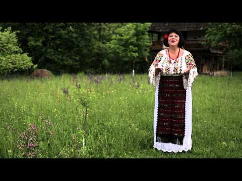 Mihaela Olteanu - Mi-e dor de maicuta mea (Official video) 2015