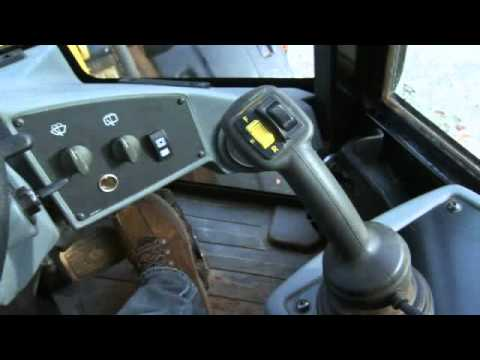 Operator Station and Controls of the Cat Small Wheel Loader