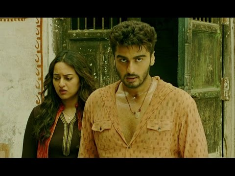 Sonakshi Sinha is in love with Arjun Kapoor