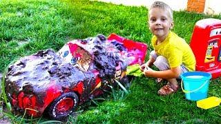 Disney Cars Lightning McQueen Toy Car Wash for kids