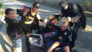 Kid Heroes 12 - The Cop Car, The Fire Engine + Batman, Iron Man, and Batgirl