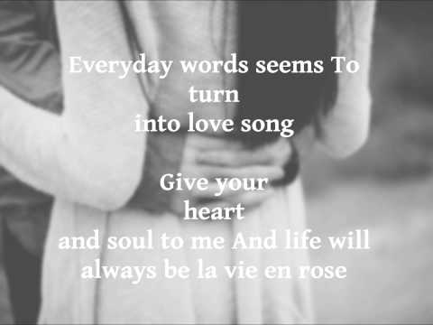 La vie en rose   Daniela Andrade   Lyrics