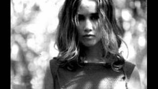 Watch Heather Nova Im The Girl video