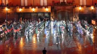 Basel Tattoo 2016 - Massed Pipes International