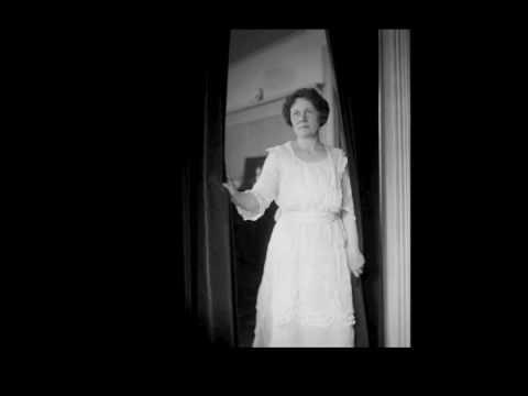 American Soprano Florence MacBeth ~ Caro Nome (c. 1921)