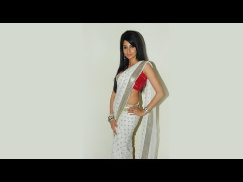 South Indian Actress Amrutha's Hot & Sexy Saree Exposing Photoshoot Gallery By 3r Productionz video