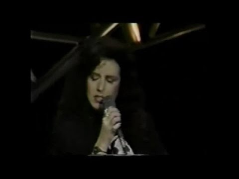 Crosby & Nash With Grace Slick - Wooden Ships