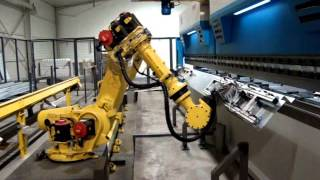 Press Brake and Robot