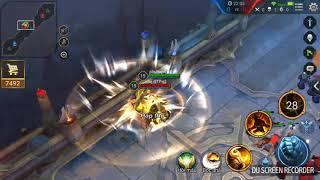 Toro vs Toro thí nghiệm hai đám lính đánh nhau