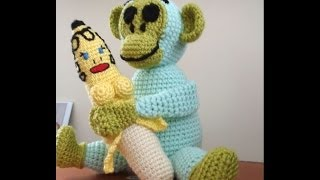 Crochet monkey by Fibreromance