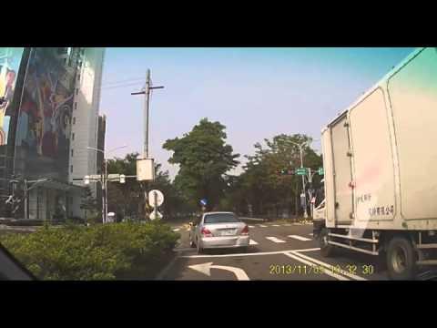 Невменяемый водитель стал виновником ДТП и уехал
