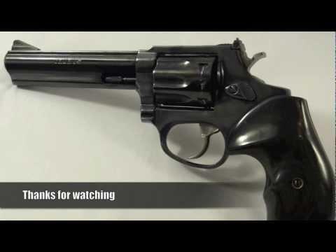 Taurus 94b5 22LR Revolver with SilverBlack Grips HD