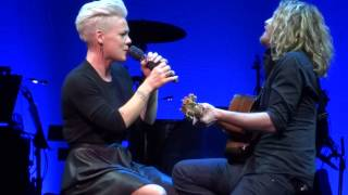 Pink Video - Pink - Time After Time (Live 12/7/13)